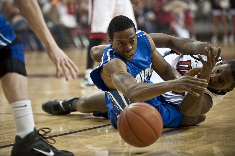 バスケットボールのディフェンスと練習方法